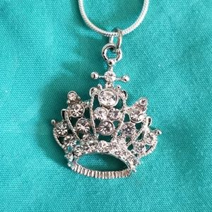 Jewelry - 925 Silver Crown Necklace